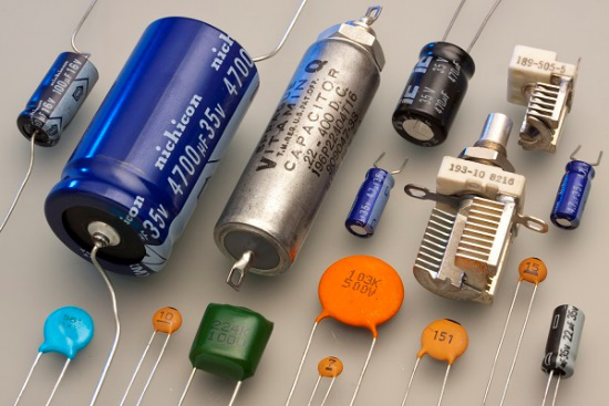 Basic Electronics Capacitors Tutorialspoint