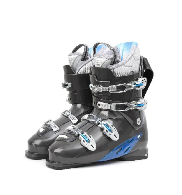 downhill skiing boots