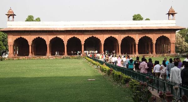 Red fort halls for Diwan i aam images