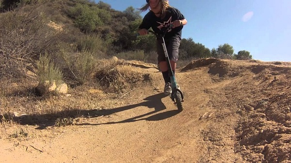 Dirt Scootering