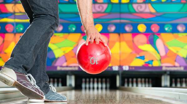 Dating fails hand position in bowling